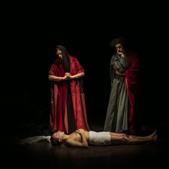 tableau vivant Compianto sul Cristo morto Niccolò Dell'Arca