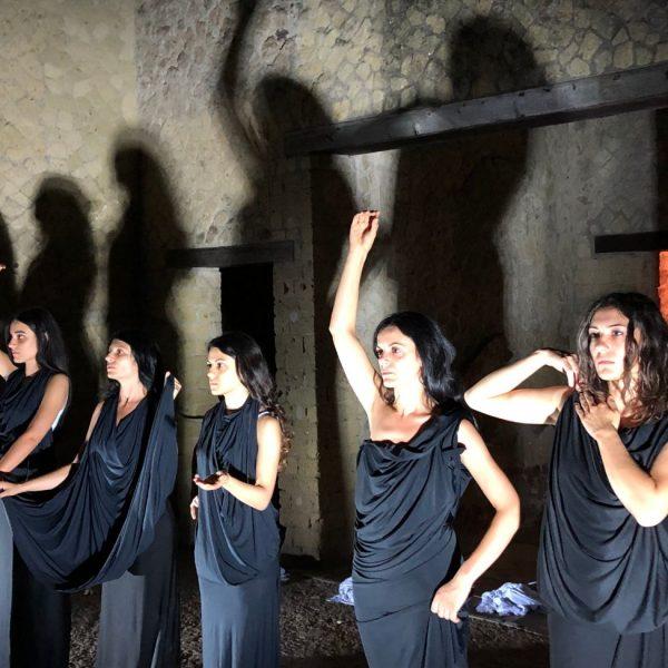 Teatri 35 spettacolo Hercolaneum tableau vivant le danaidi
